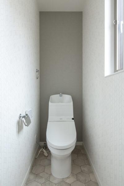 二号地 トイレ